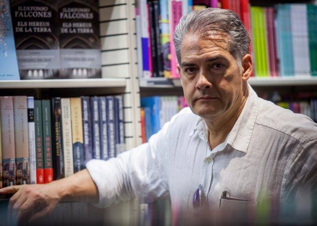 El autor en el certamen
