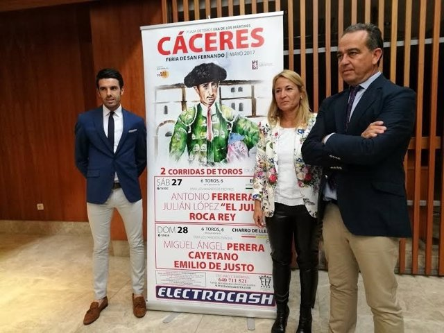 Presentación de cartel de Toros de San Fernando Cáceres