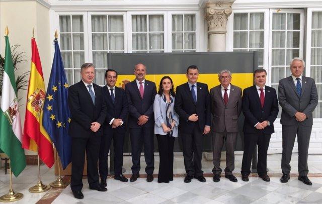 Reunión para el dispositivo contra los incendios en Andalucía ante el verano