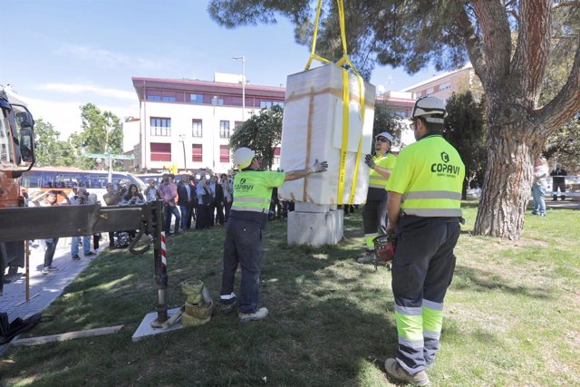 Escultura del alcalde franquista de Sabadell Josep Maria Maria Marcet