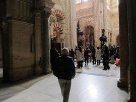 """El Cabildo cree un """"ataque"""" a la Catedral y a los católicos la comisión sobre la Mezquita"""