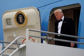 Los abogados de Trump niegan que haya recibido ingresos sustanciales o tenga deudas destacables con Rusia