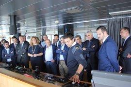 Empresas exportadoras de Granada conocen las instalaciones y servicios del Puerto de Motril