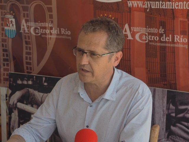 El alcalde de Castro del Río, José Luis Caravaca