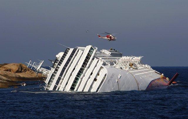 Crucero Hundido En Italia 'Costa Concordia'