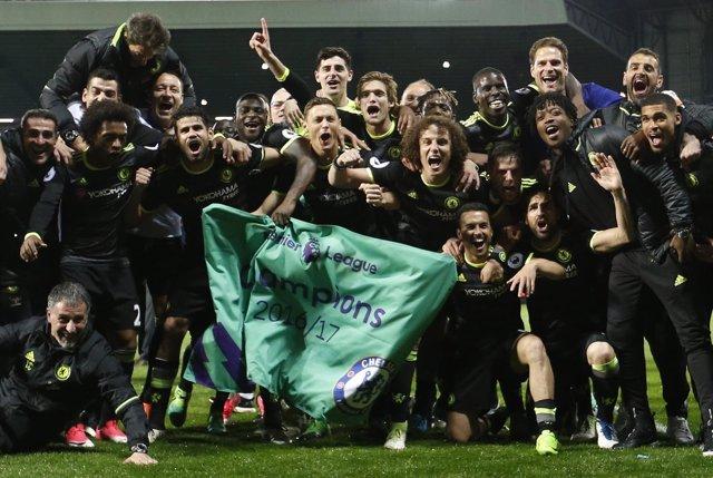 El Chelsea celebra el sexto título de Premier en su historia