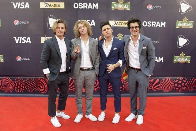 Manel Navarro en la alfombra roja de Eurovisión