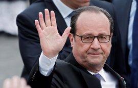 Hollande abandona el Elíseo por la puerta de atrás