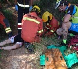 Rescatan a un ciclista herido al caer cerca de un barranco en Picassent