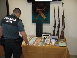 Dos detenidos, uno enviado a prisión, y desmantelado un punto de venta de droga en Baena (Córdoba)