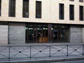 Condenados dos neonazis por agredir al que grabó una esvástica a una joven