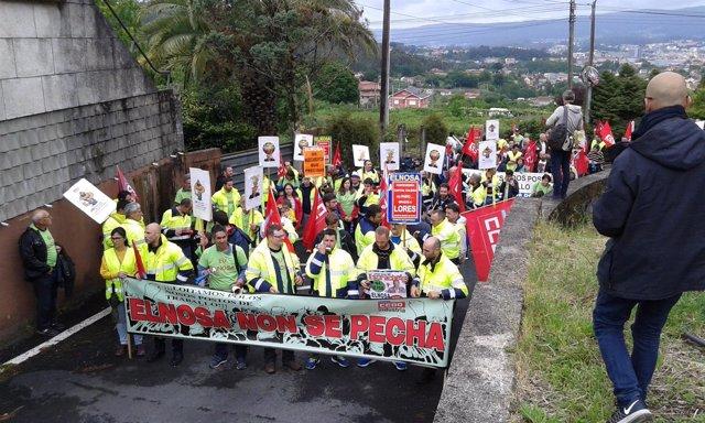 Manifestación de trabajadores de Elnosa en Pontevedra