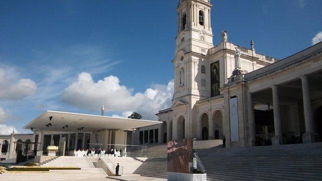 Canonización pastorcitos de Fátima