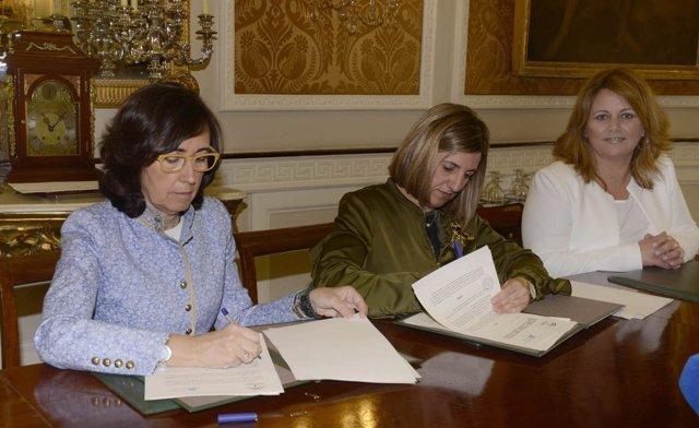 Firma de protocolo entre la Consejería de Cultura y la Diputación de Cádiz