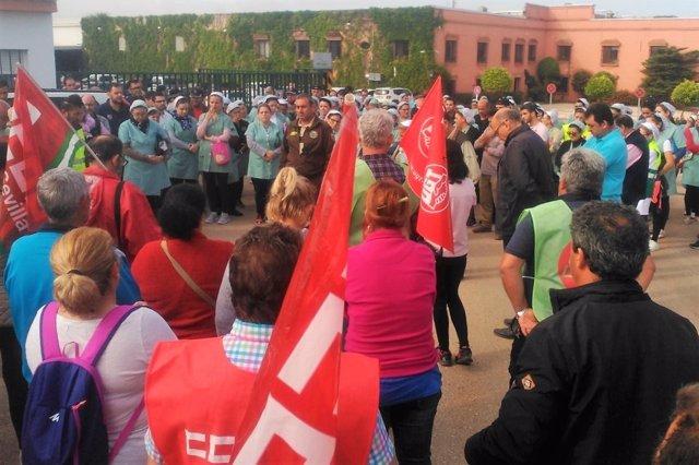 Concentración de los sindicatos en La Jarilla