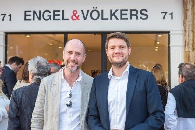 El director de Engel&Völkers Palma Beach, Terence Panton, y el de Baleares