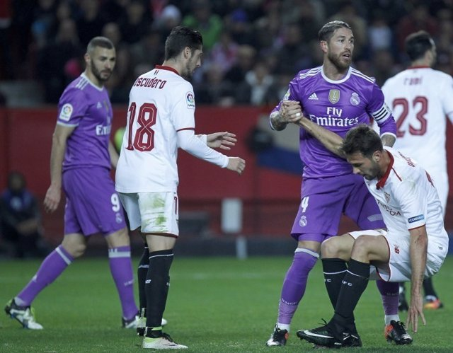 Real Madrid Sevilla Sergio Ramos Benzema Vitolo Escudero