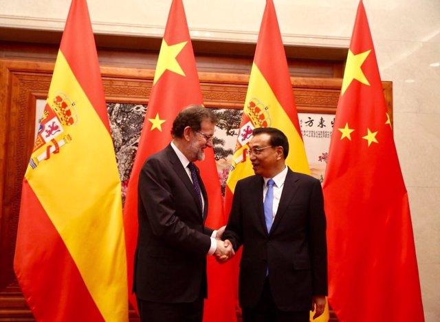 El presidente del Gobierno, Mariano Rajoy, con el presidente chino, Xi Jinping