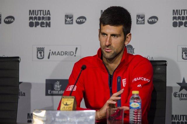 Novak Djokovic en la rueda de prensa del Mutua Madrid Open 2016