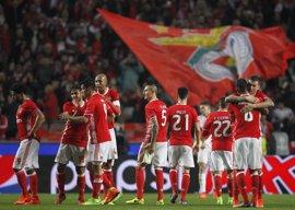 El Benfica conquista la liga de Portugal con goleada (5-0)