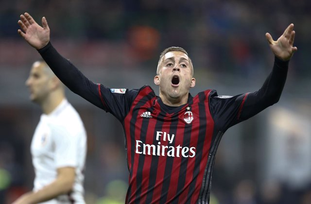 Gerard Deulofeu con el AC Milan