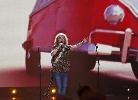 Las redes se ceban con el 'gallo' de Manel Navarro en Eurovisión