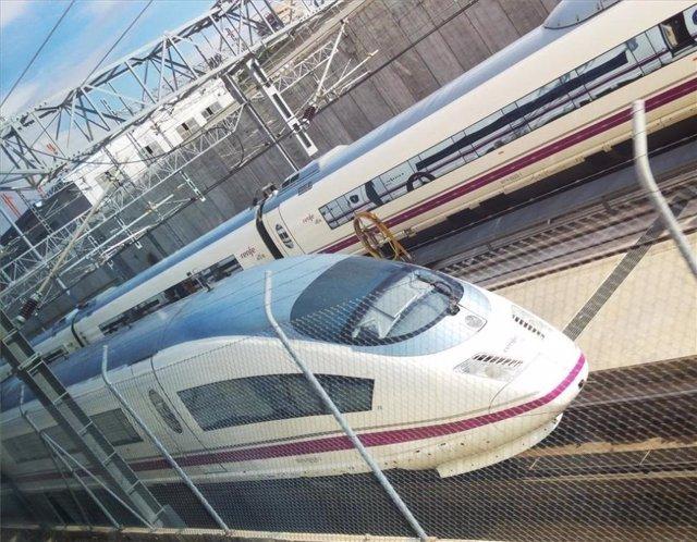 Tren AVE en una imagen de archivo