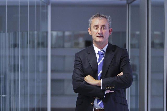 Tomás Cobo, presidente del Colegio de Médicos de Cantabria