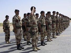 Macron planea visitar a las tropas francesas en el extranjero la semana entrante