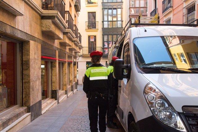 Policías municipales en Bilbao