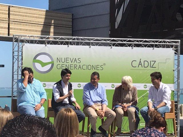 Acto de NNGG en Cádiz