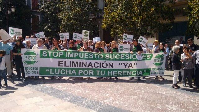 Manifestación contra Impuesto de Sucesiones