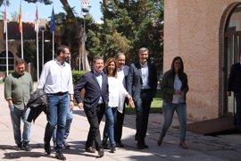 Apoyo de Page a Díaz junto a sus consejeros y cargos del PSOE C-LM