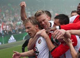 El Feyenoord conquista su décima Eredivisie y rompe 18 años de sequía