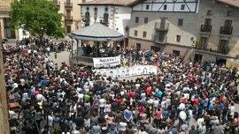 Una manifestación en Alsasua pide la libertad para los detenidos por la agresión a dos guardias civiles