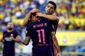 Neymar y su 'hat-trick' aguantan el pulso al Madrid por LaLiga