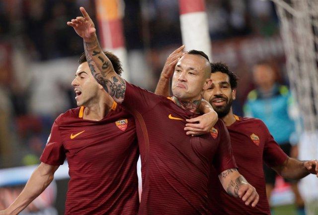 La Roma derrota a la Juventus y aplaza el desenlace del Calcio