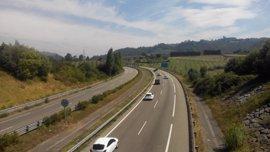 Doce heridos leves en los 33 accidentes registrados en las carreteras asturianas el fin de semana