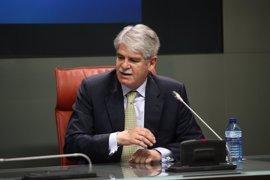 """Dastis dice que la UE """"no puede tolerar la deriva"""" del Gobierno de Maduro"""