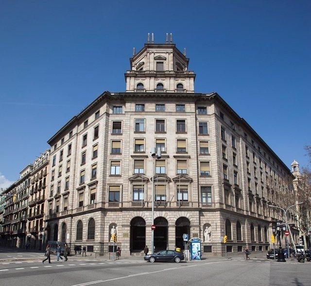 Fachada del Instituto Catalán de la Salud (ICS)