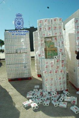 Imagen del cargamento de hachís intervenida