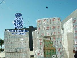 Detenido en la A-7 un camionero 648 kilos de hachís ocultos en palets de papel higiénico