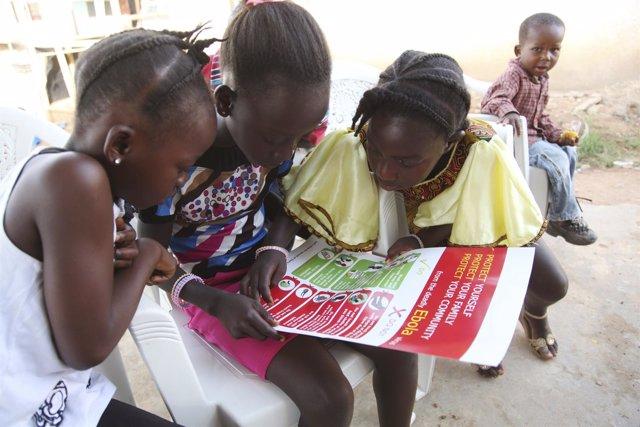 Niñas en Liberia