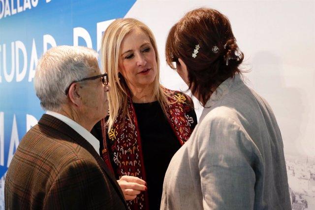 Cristina Cifuentes en la entrega de Medallas de la ciudad de Madrid