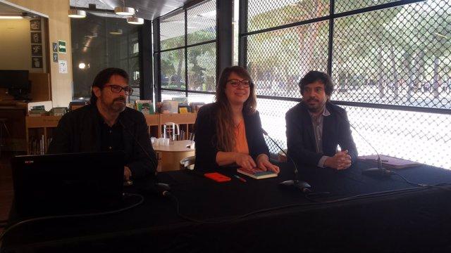 Janet Sanz, Frederic Ximeno y Daniel Mòdol en rueda de prensa