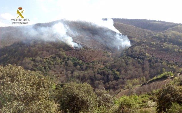 La Guardia Civil Investiga A Un Vecino De Cabañas Raras (León) Por El Incendio D