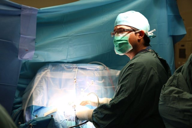 Operación con tecnología pionera en el Hospital Vall d'Hebron de Barcelona