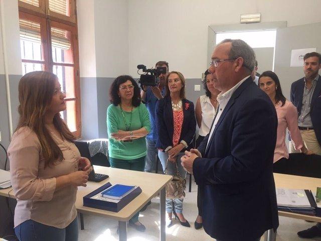 La parlamentaria y secretaria general del PSOE de Sevilla, Verónica Pérez