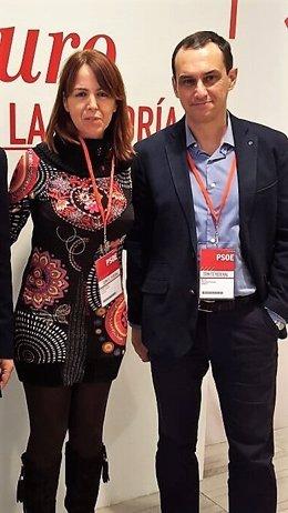 Manuel Hernández, del PSOE de Ceuta, junto a Sandra López