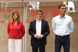 """Sánchez carga contra la Gestora por la """"involución en el discurso democrático"""" y Díaz le recuerda a Tomás Gómez"""